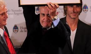 El Beto Alonso agradece a BSM el reconocimiento como Boludo del año