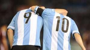 Higuain-Messi-vez-mejor_OLEIMA20130323_0005_5