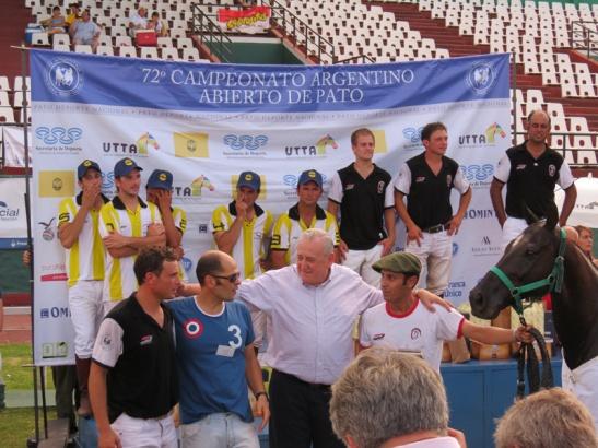 Premio a Salvador, el caballo de Juani Lanfranco