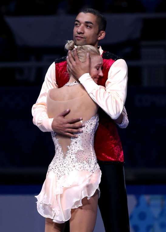 Aliona Savchenko and Robin Szolkowy el peron y evita del 12_02_14_Figure_Skating_Pairs_Mixed_08_hd
