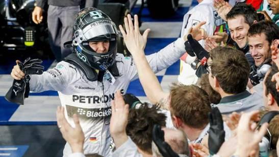 inicio-perfecto-Rosberg-victoria-EFE_CLAIMA20140316_0123_14