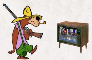 Una representación bastante acertada de este cronista viendo la tele.