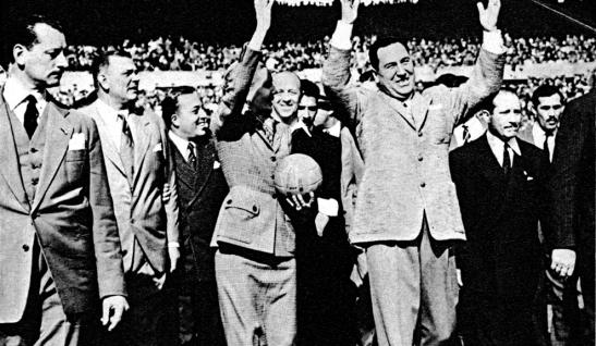 La fracasada de Evita y el fracasado de Perón: no ganaron nada.
