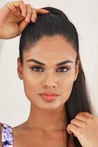 NOYONITA LODH, de INDIA. Es nuestra máxima favorita. 21 años, de Bangalore.